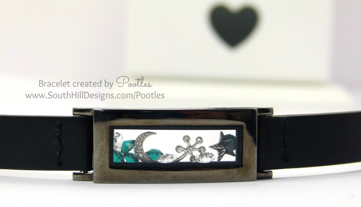 Pootles South Hill Designs - Christmassy Bracelet...