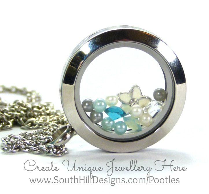 South Hill Designs & Stampin' Up! Sunday Blue Congratulations Card & Locket close up