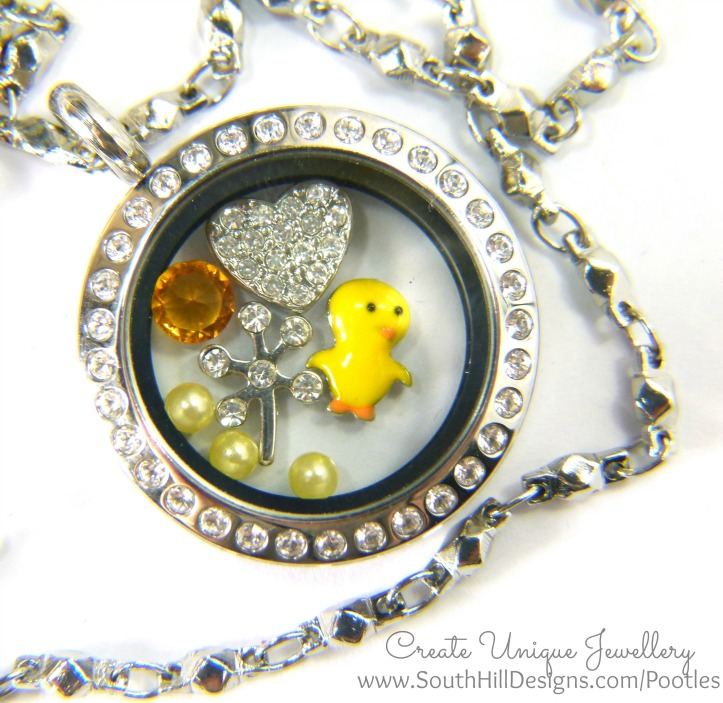 South Hill Designs - Chicks, Hearts and Shooting Stars close up