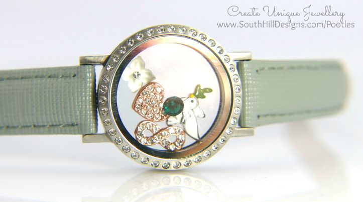 South Hill Designs - Dove of Peace at Christmas